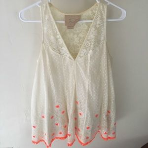 Anthropologie beautiful delicate embroidered tank.